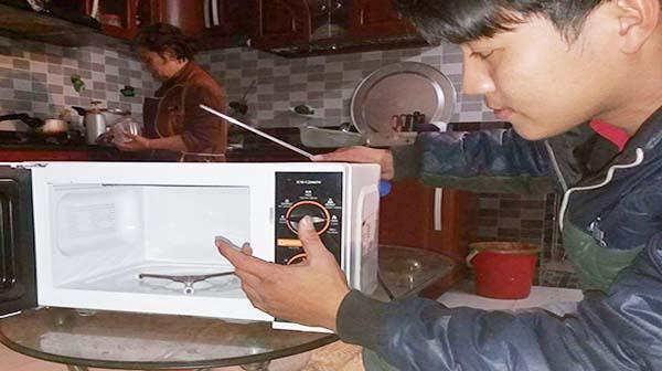Sửa chữa lò vi sóng tại Hà Nội